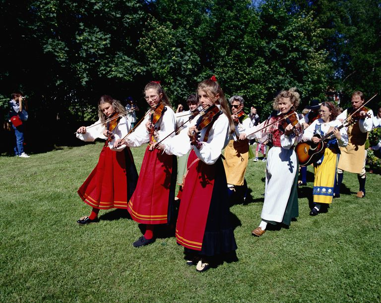 Fiddlers in Midsummer Festival