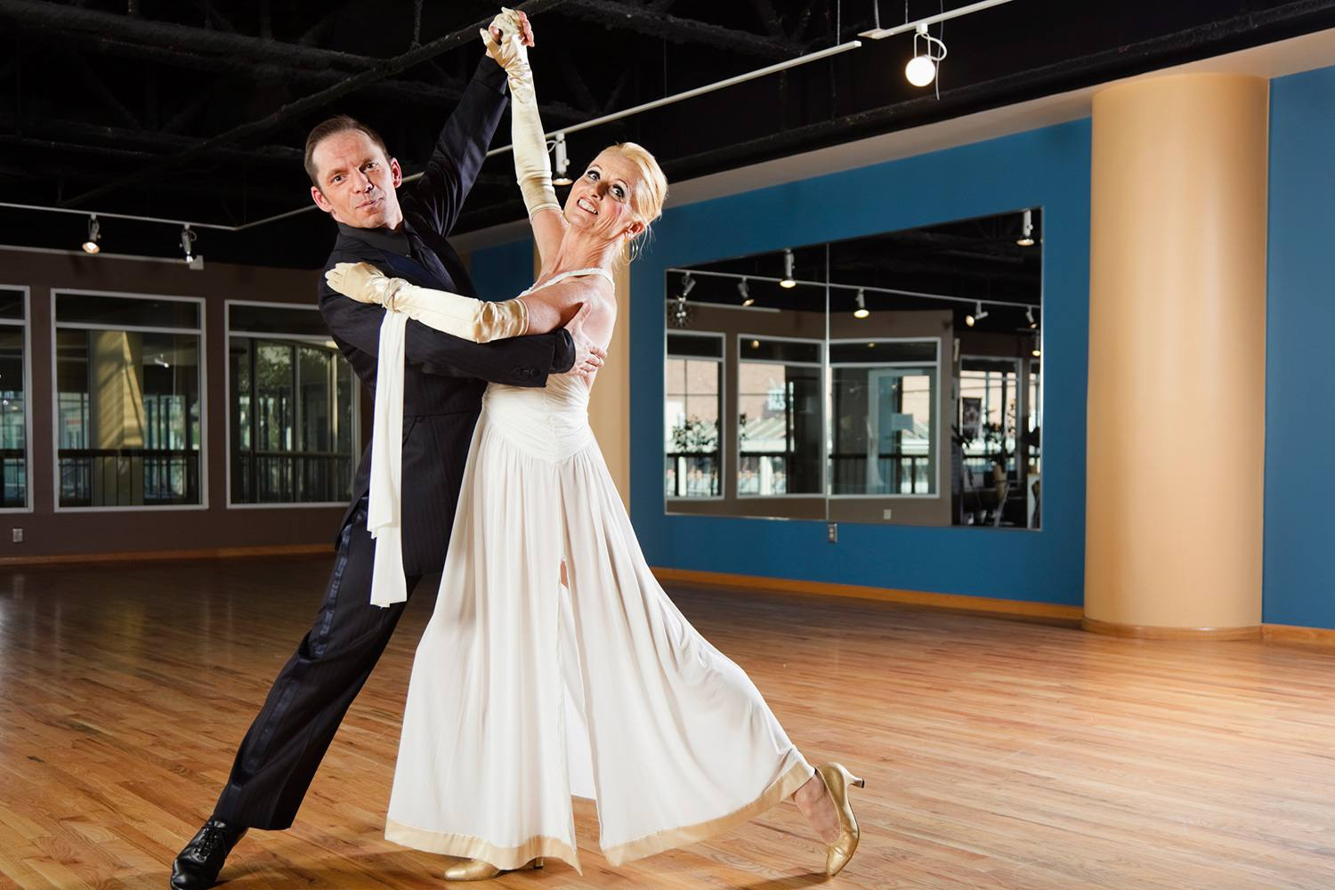 12 Types Of Ballroom Dances