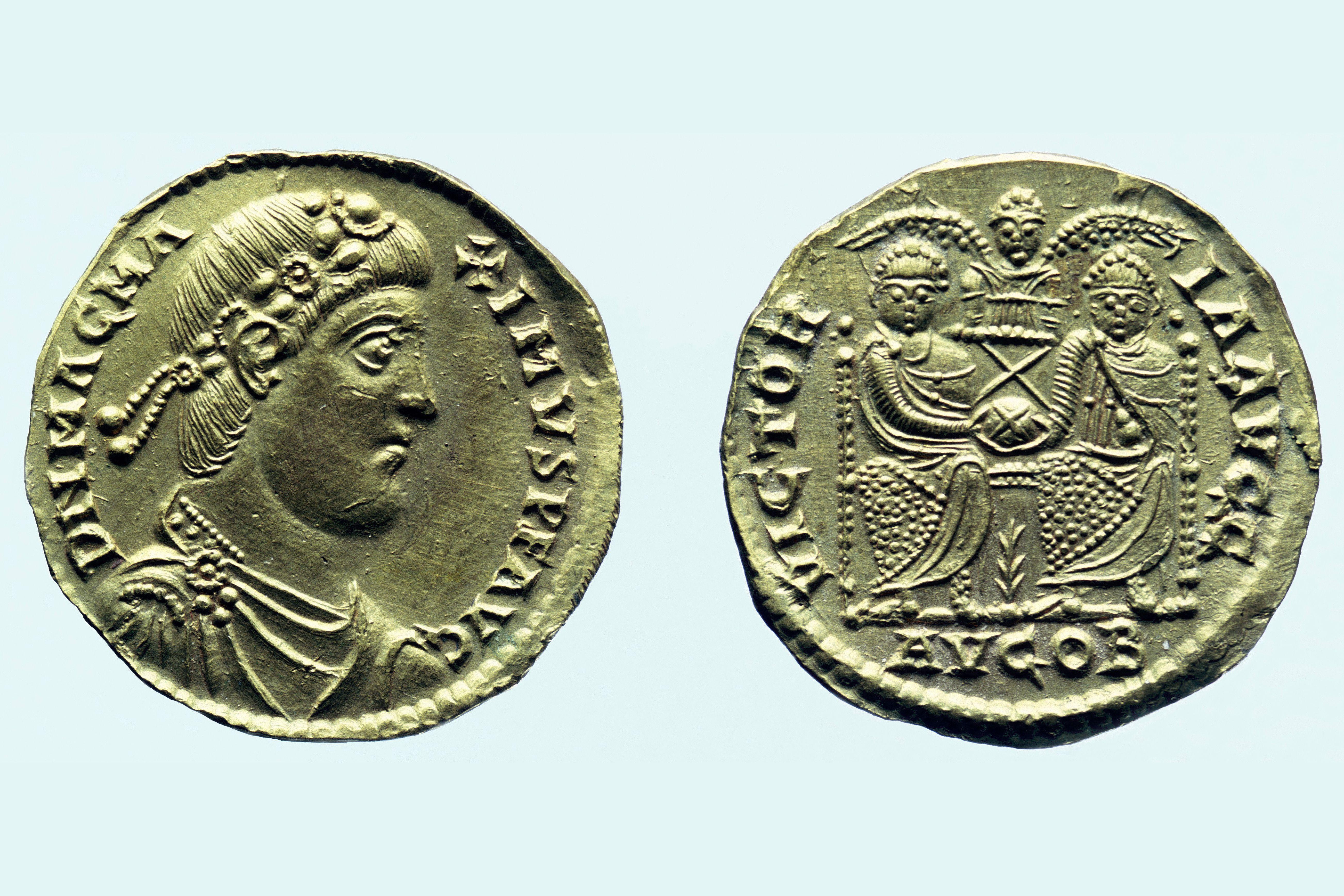 Gold solidus of Magnus Maximus, c383-c388 AD