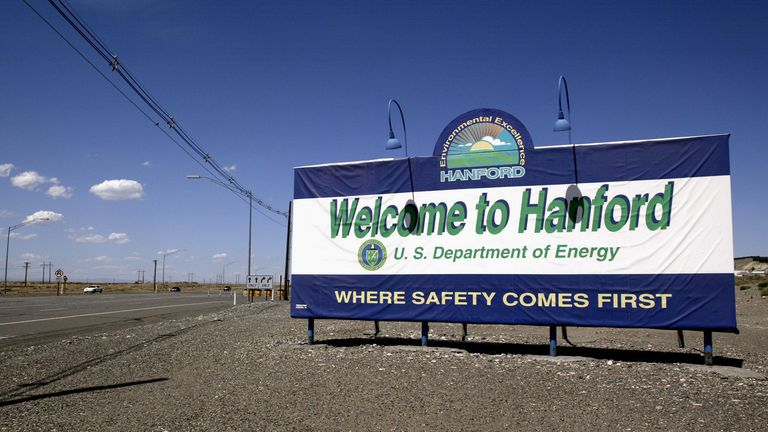hanford_sign.jpg