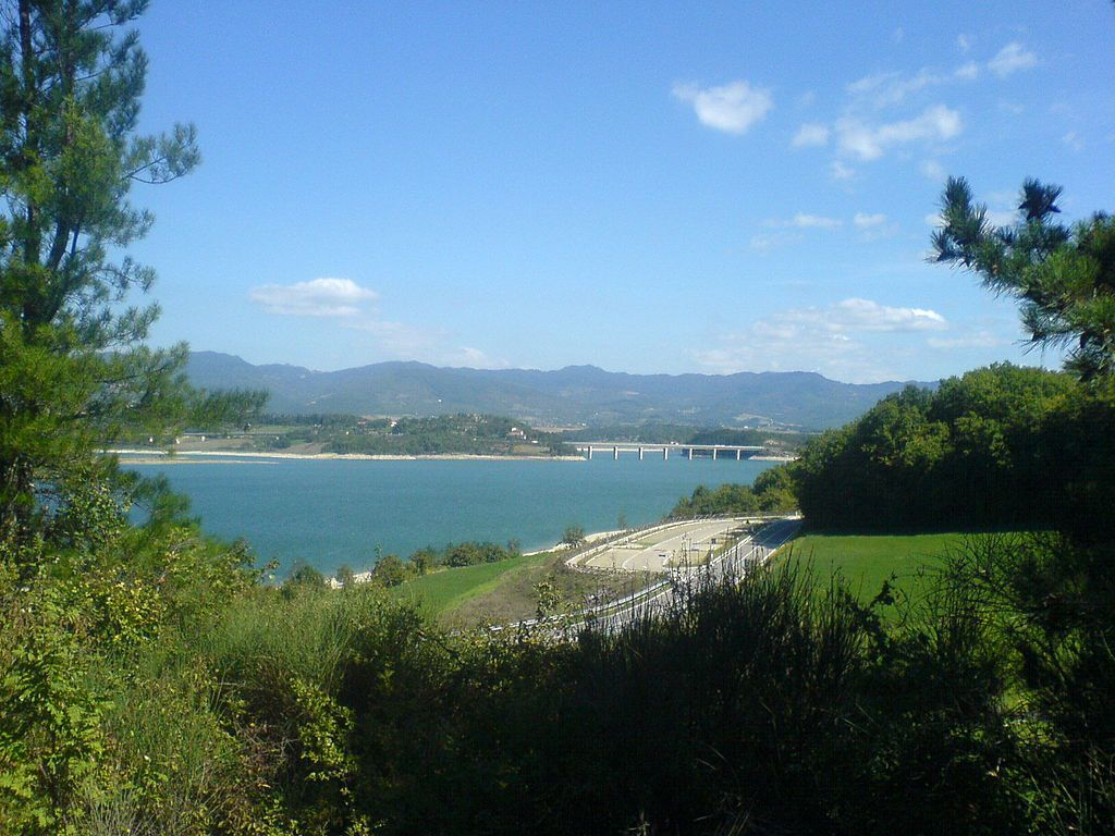 Lago di Bilancino -Tuscany