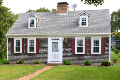 Image Result For New England House With Grey Shingles Two Small Dormers Without Shutters Red Shutters On