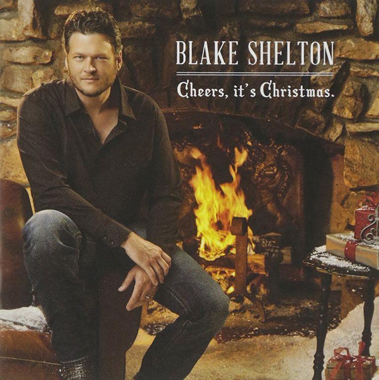 blake shelton cheers its christmas