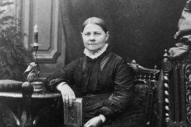 Lucy Stone portrait from the 1860s