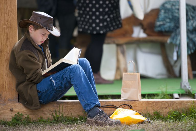 getty_boy_reading-494819479.jpg