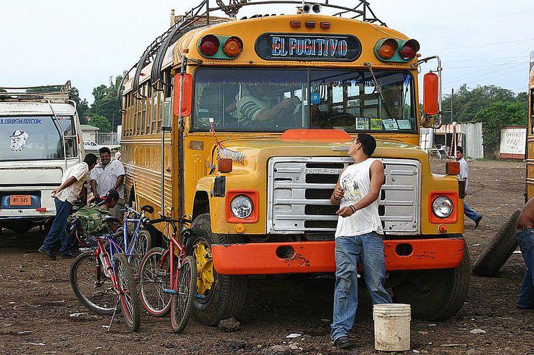 Fugitivo bus in Nicaragua
