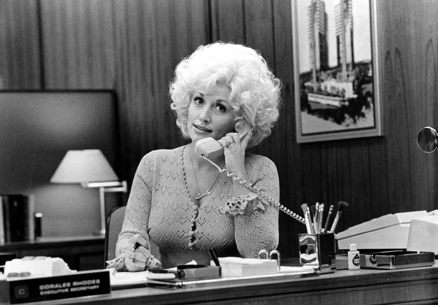 Country Singer Dolly Parton Acts In A Scene From The Movie 9 To 5