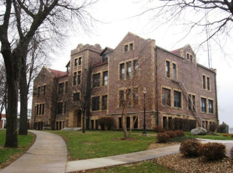 Jordan Hall at the University of Sioux Falls