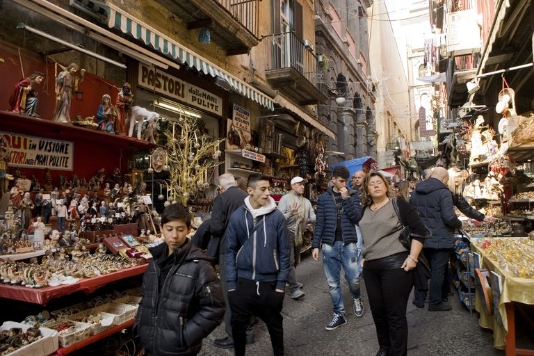Nativity Shops in Naples