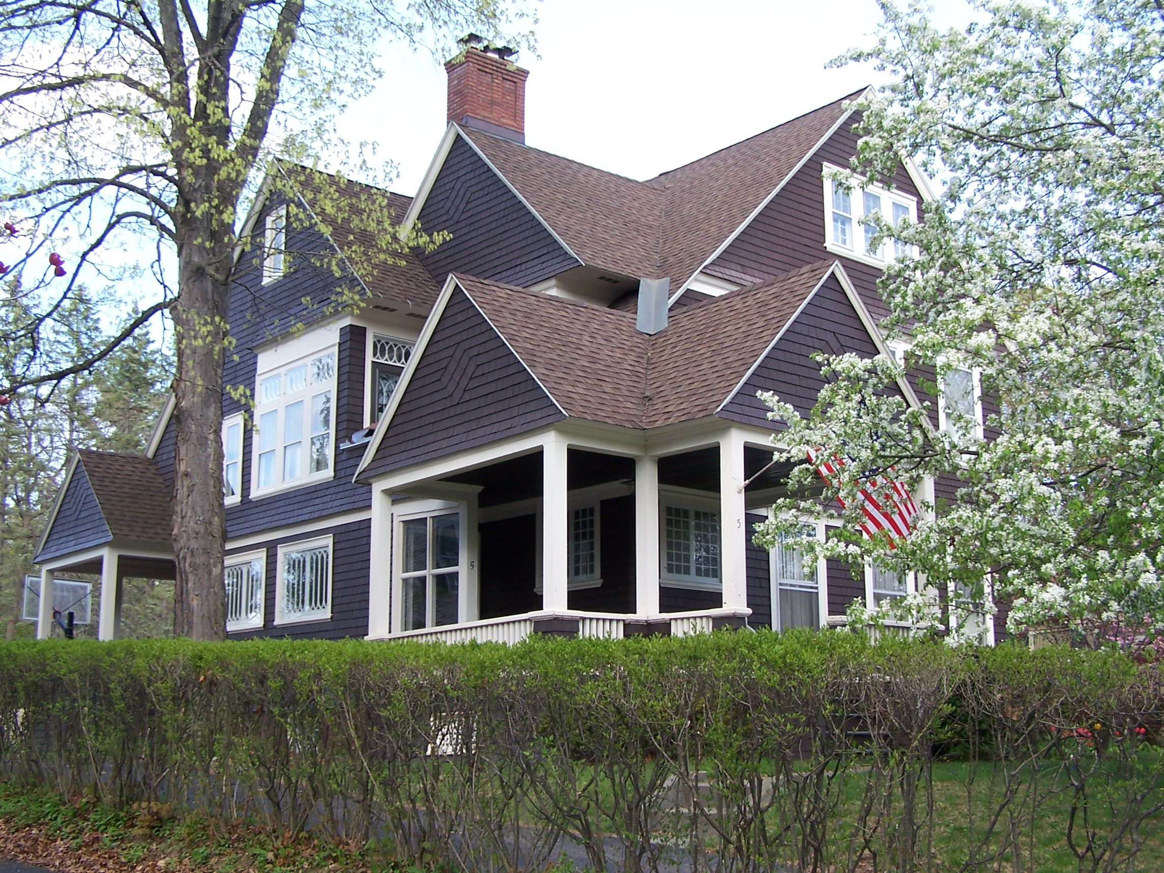 Overview of the Shingle Style, an American Original