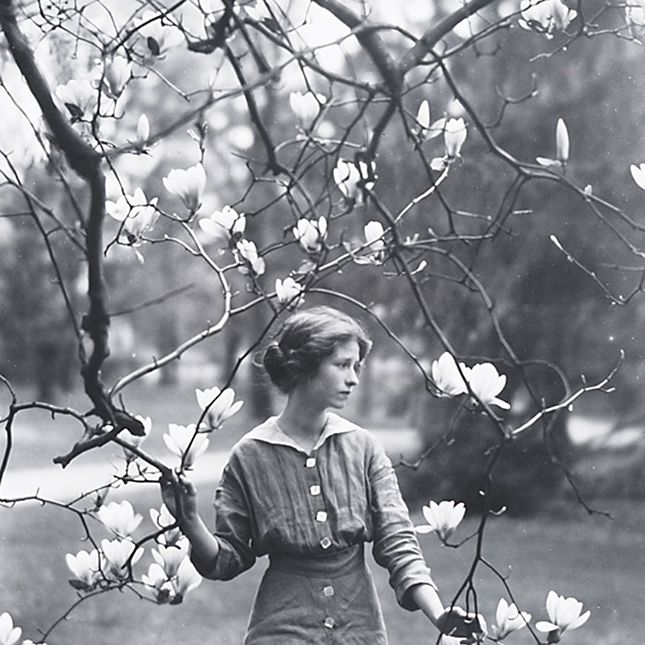 Edna St. Vincent Millay in 1914