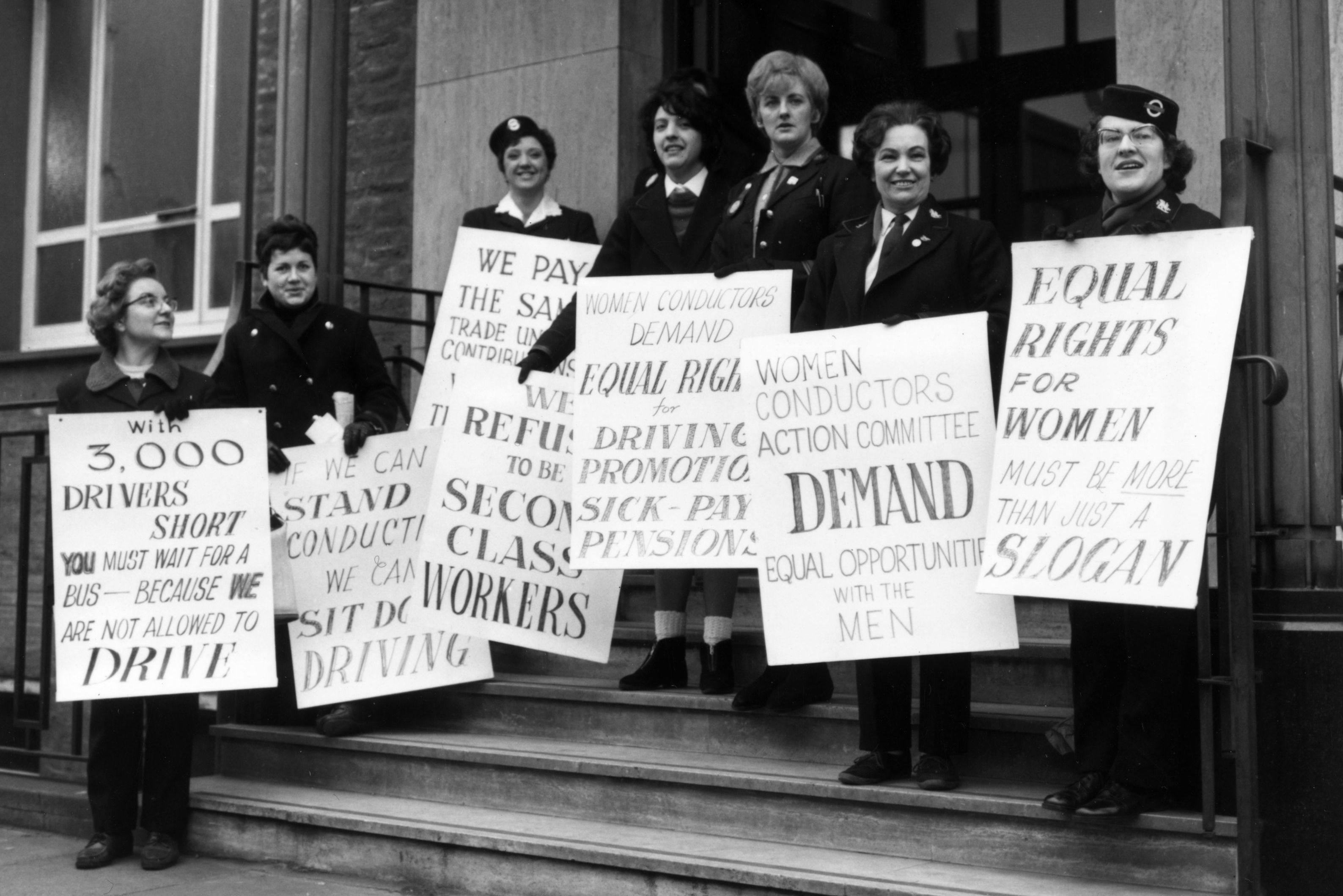canadian women s rights roles Women's roles were greatly changed in the 1950s, with the men coming back from war and taking their jobs back women had, during world war ii, taken men's jobs while they had been away at war after the war, many women wanted to keep their jobs.
