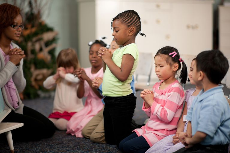 kids praying children's prayers