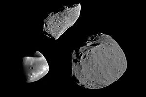 Asteroids Pictures Gallery - Gaspra, Deimos and Phobos