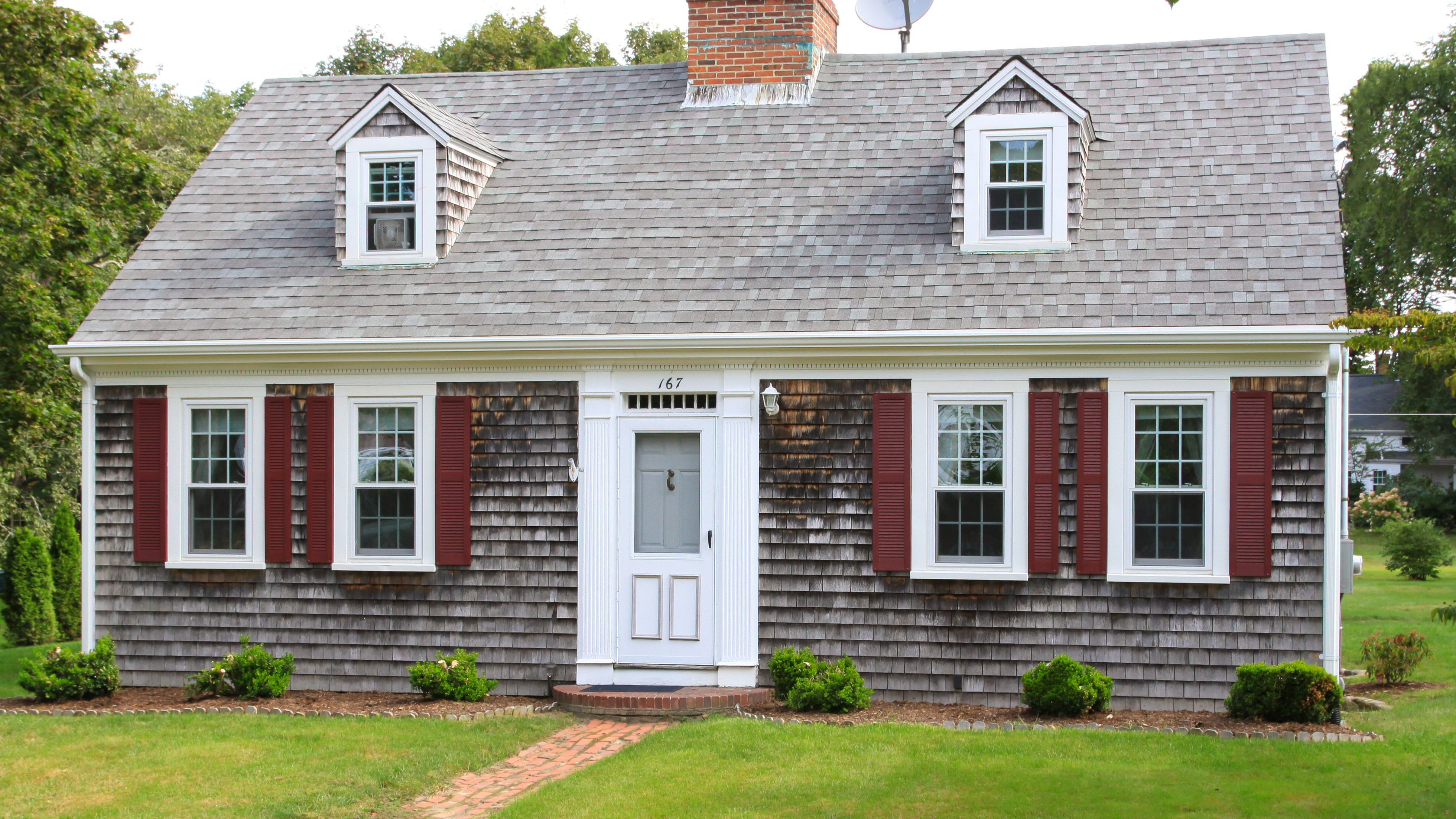 The Cape Cod House Style In Pictures