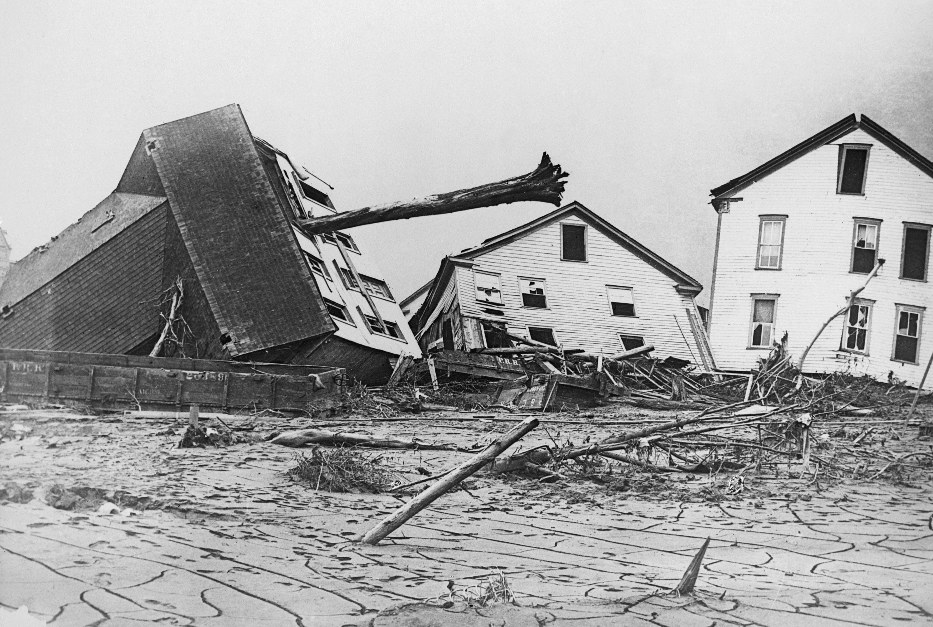 Photograph of houses damaged in the Johnstown Flood.