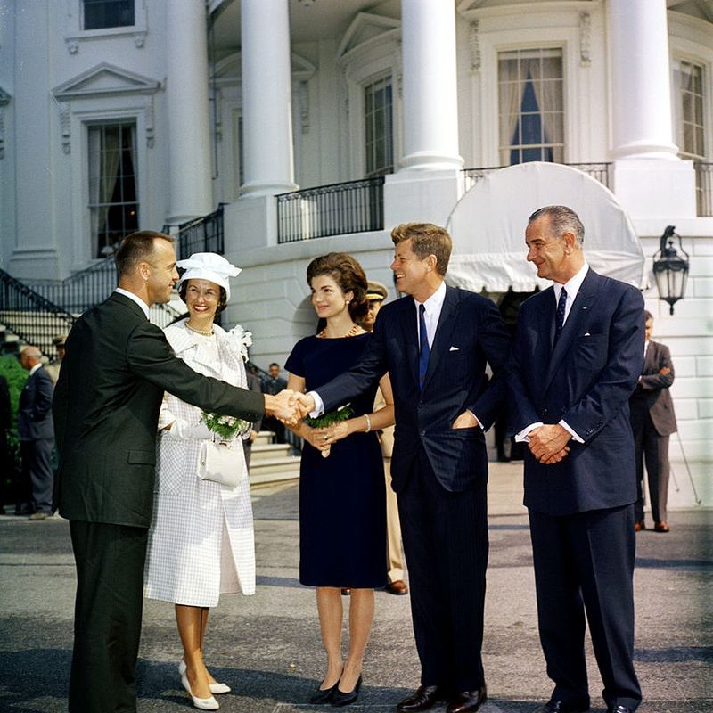 Astronaut Alan Shepard, his wife Louise, meeting President John F. Kennedy, Jacqueline Kennedy and vice-president Lyndon Johnson after the Freedom 7 flight.