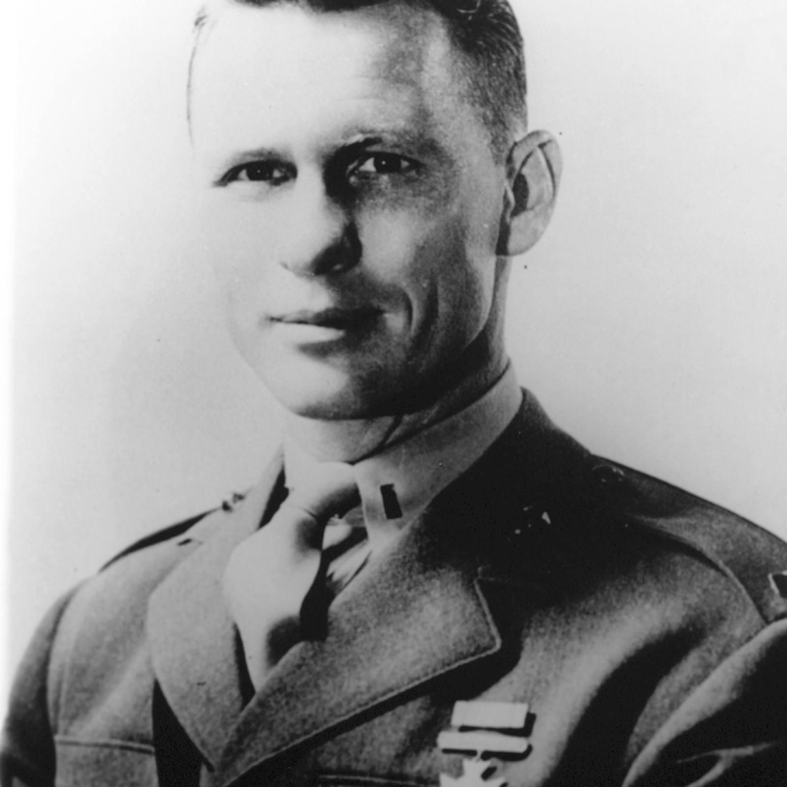 Jack Lummus in uniform