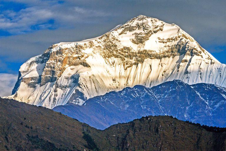 paragraph on mountain