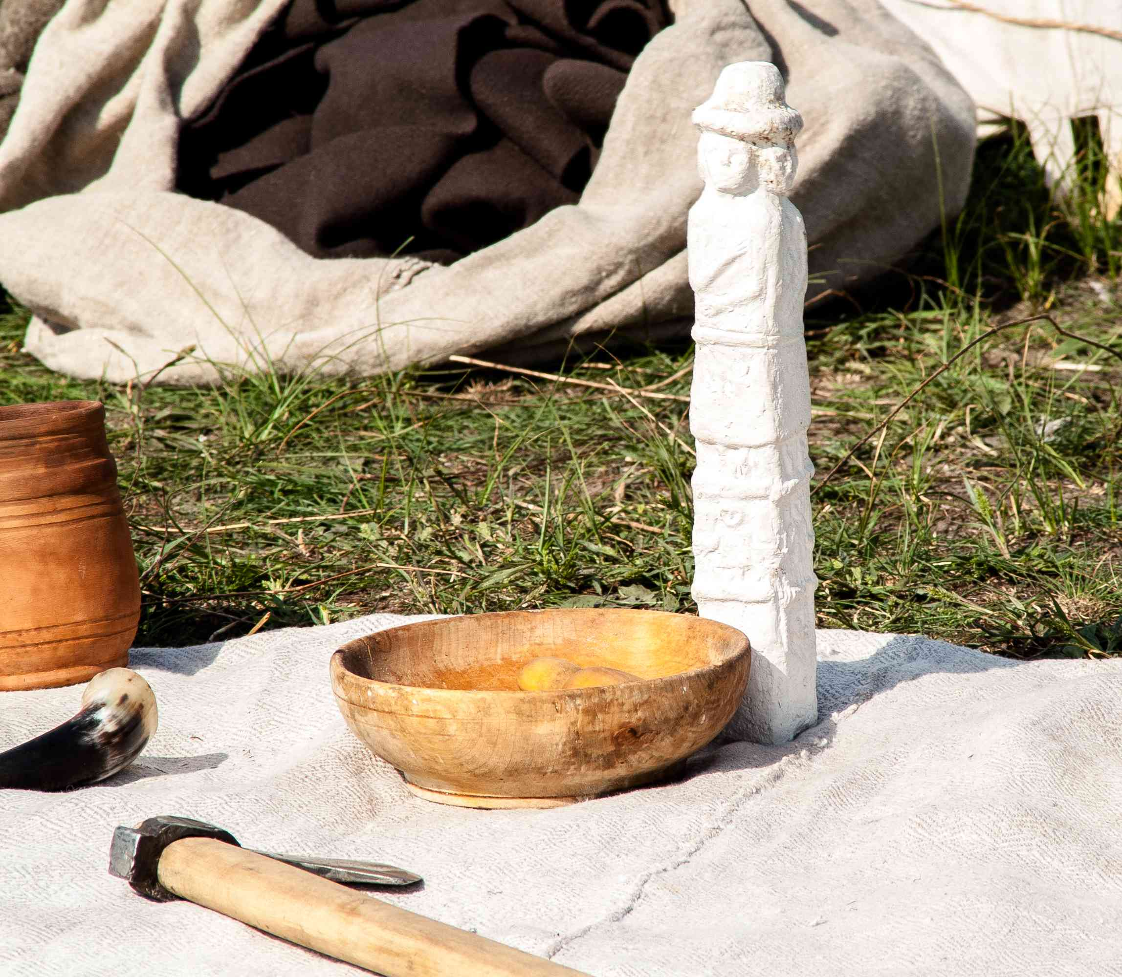 Slavic pagan god made of wood cutting