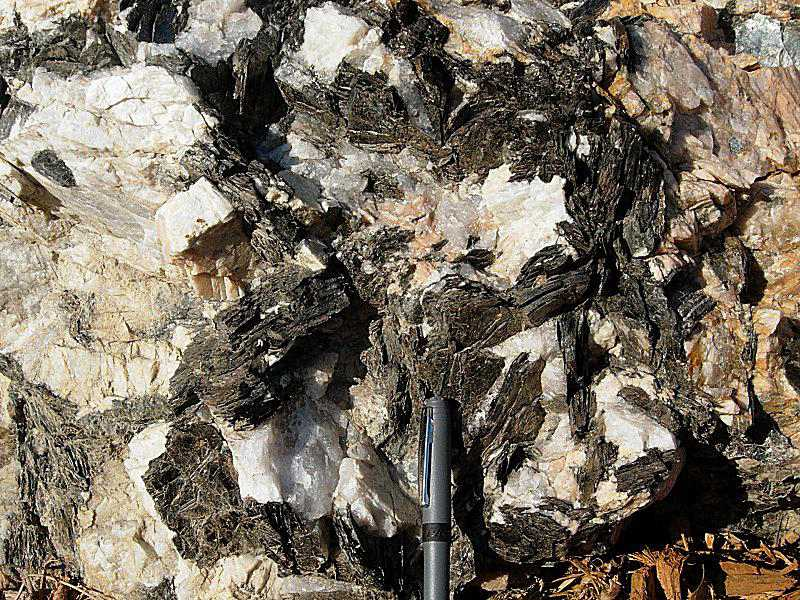 Big-grained granites