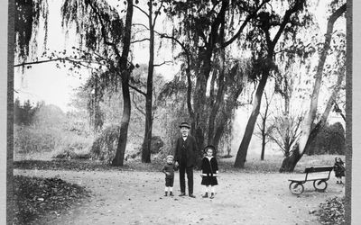 Places to Research Your Family Tree for Free