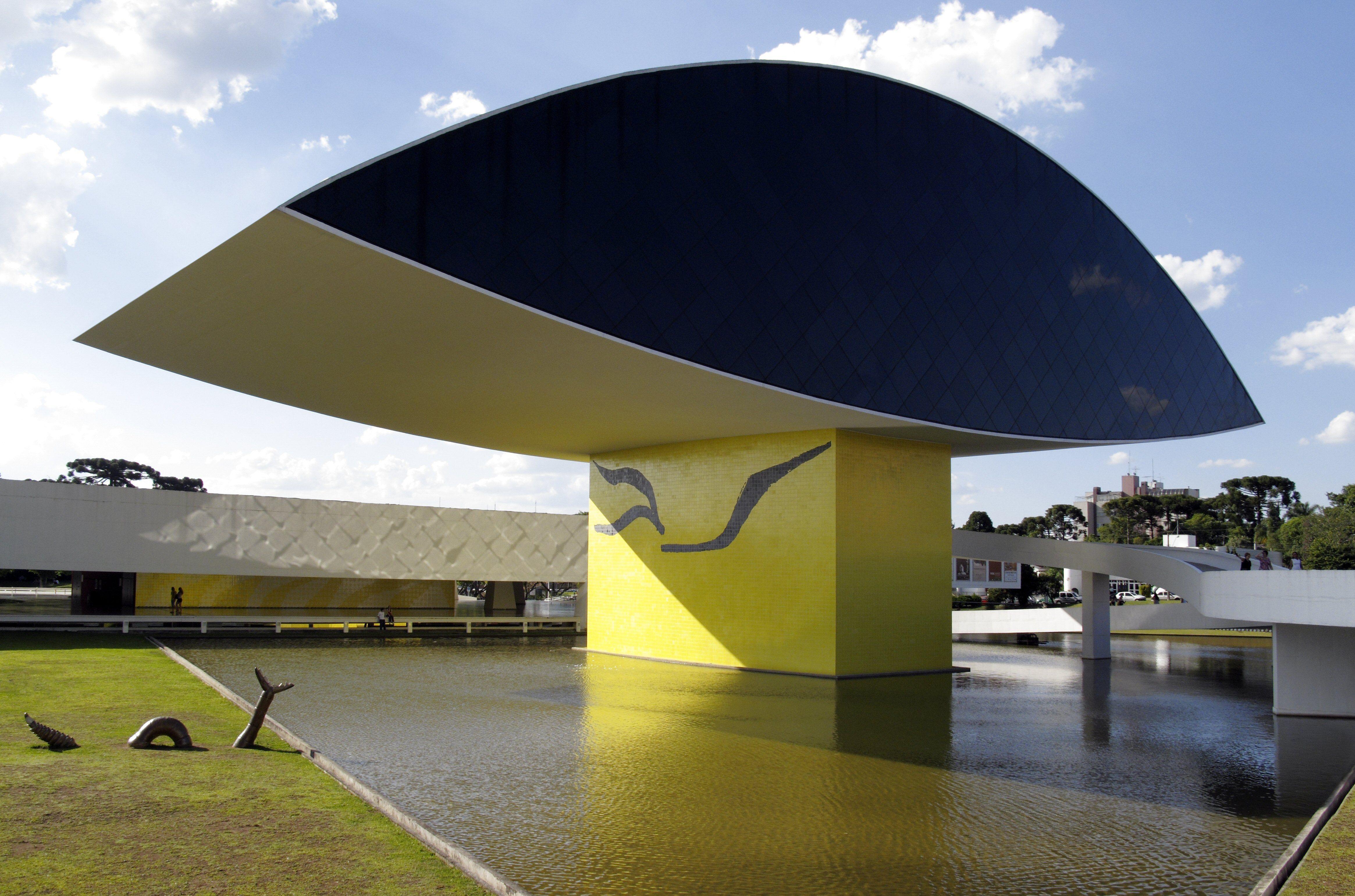 Oscar Niemeyer Museum in Curitiba, Brazil (the NovoMuseu). Oscar Niemeyer, architect