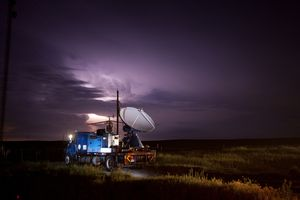 Dopper on Wheels storm chasers