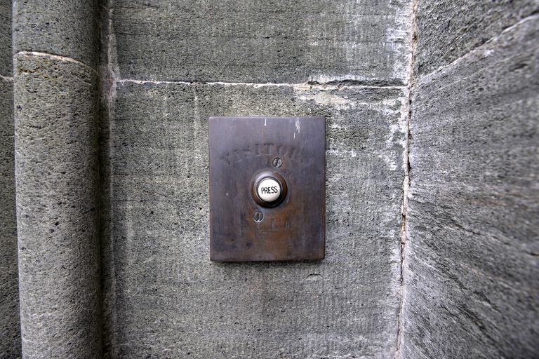doorbel button