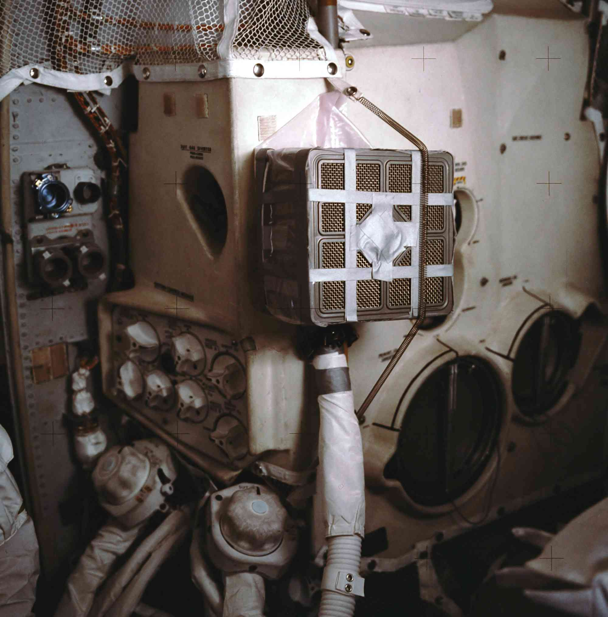 Apollo 13 oxygen device