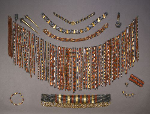 Beaded Cape and Jewelry of Queen Puabi at Ur