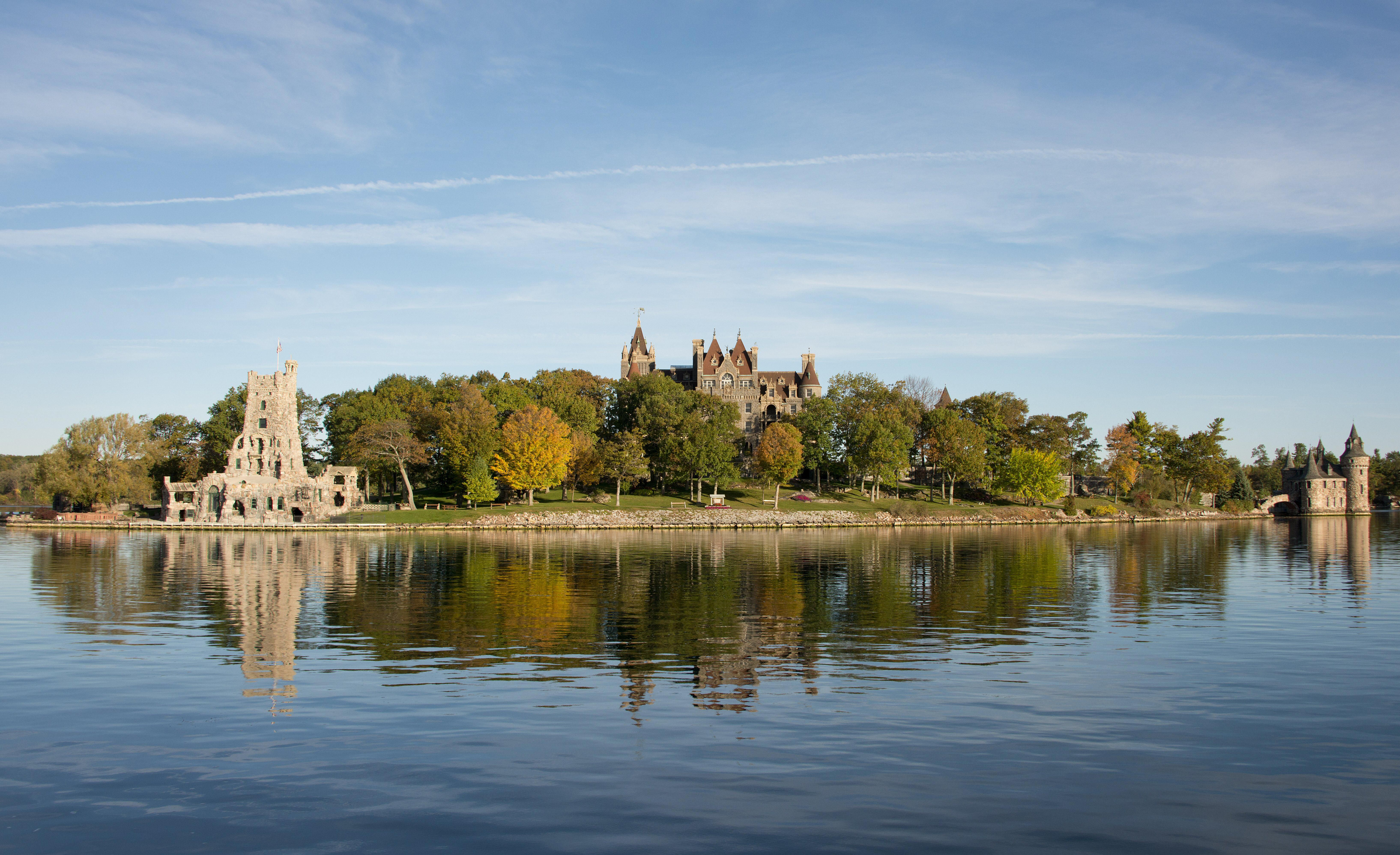 Historic Heart Island and Boldt Castle in upstate New York