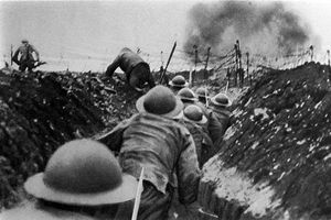 A photographic depiction of trench warfare in WWI
