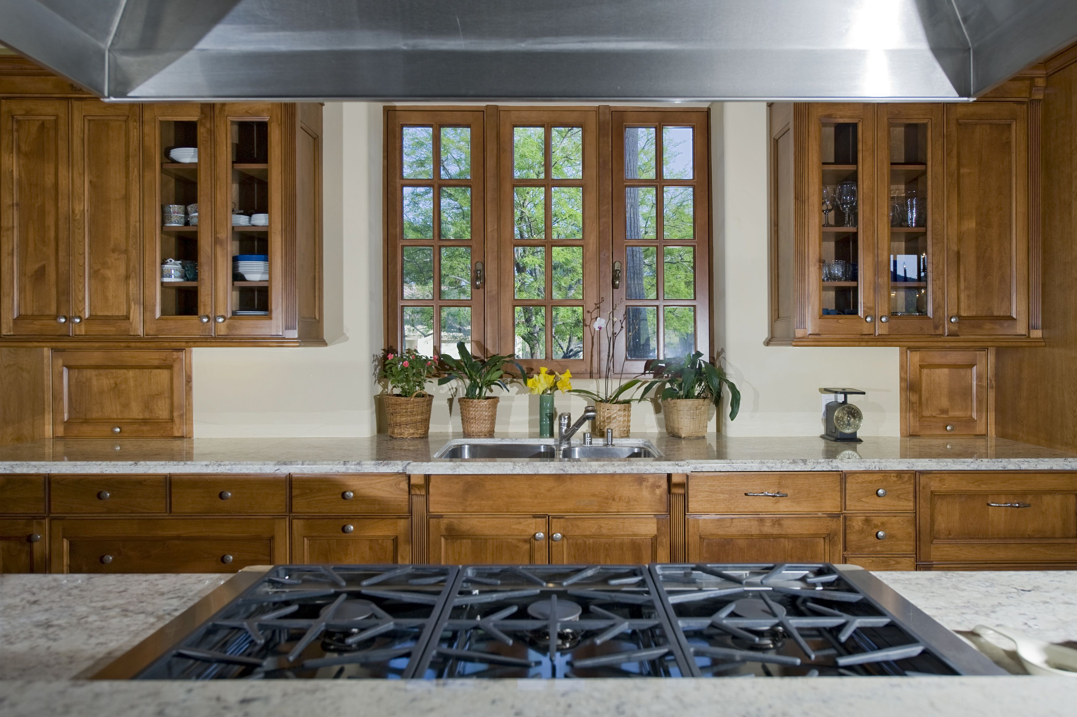 9 Feng Shui Kitchen Tips: The Feng Shui Of Your Kitchen's Architecture