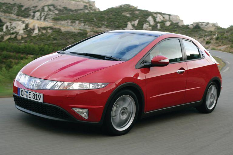 Honda Civic i-CTDi front-left view