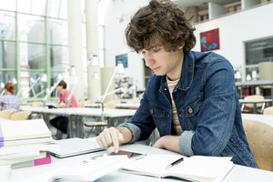 Student learning in a university library