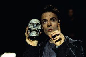 Paul Rhys Performing in Hamlet