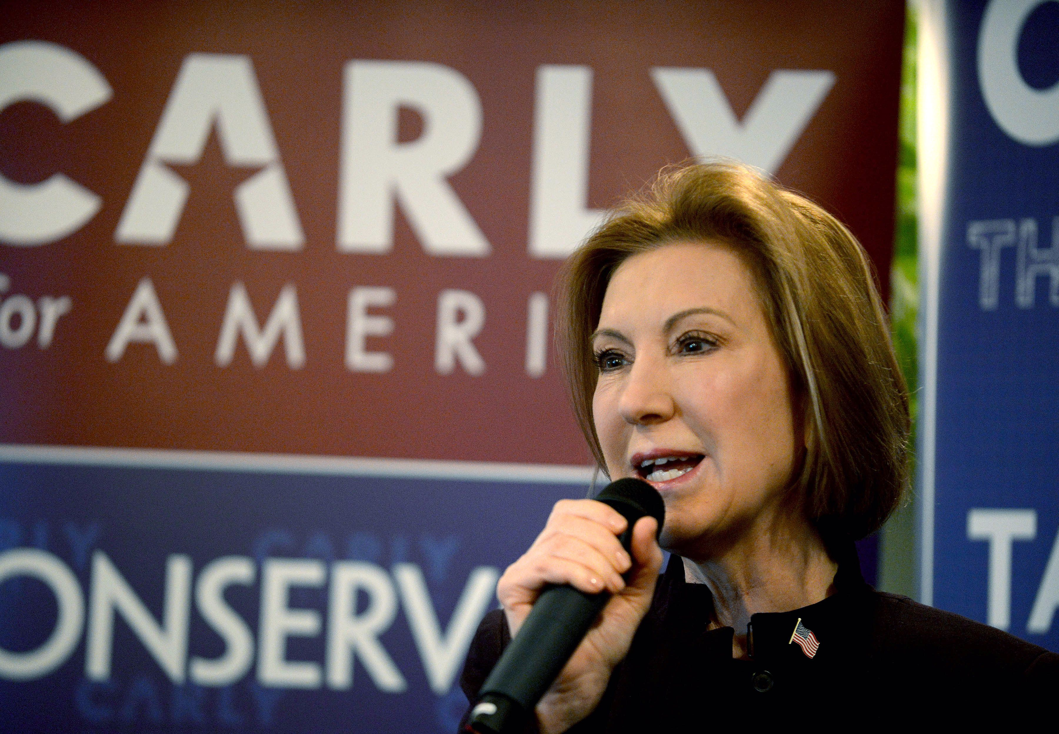 Carly Fiorina Holds 'Coffee With Carly' Campaign Event In Manchester