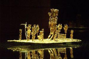 A gold Muisca raft