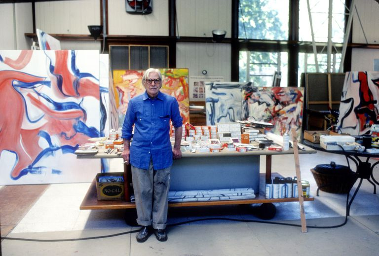Willem de Kooning in studio