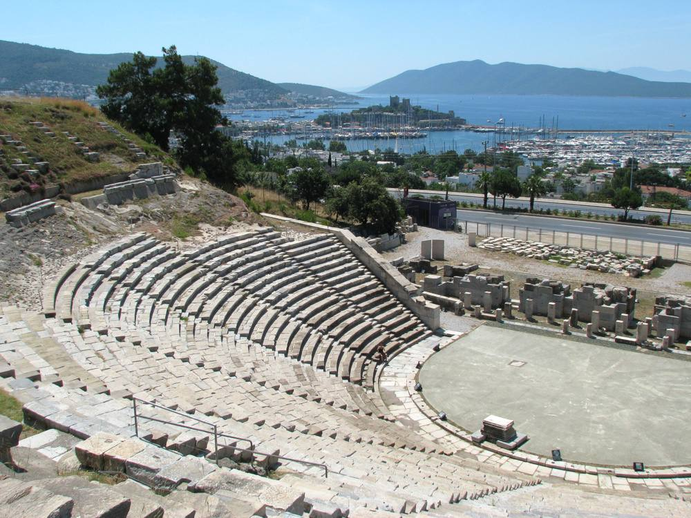 layout of the ancient greek theater