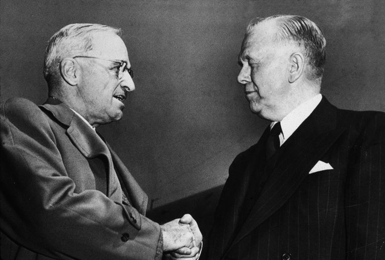 Truman & George Marshall shake hands