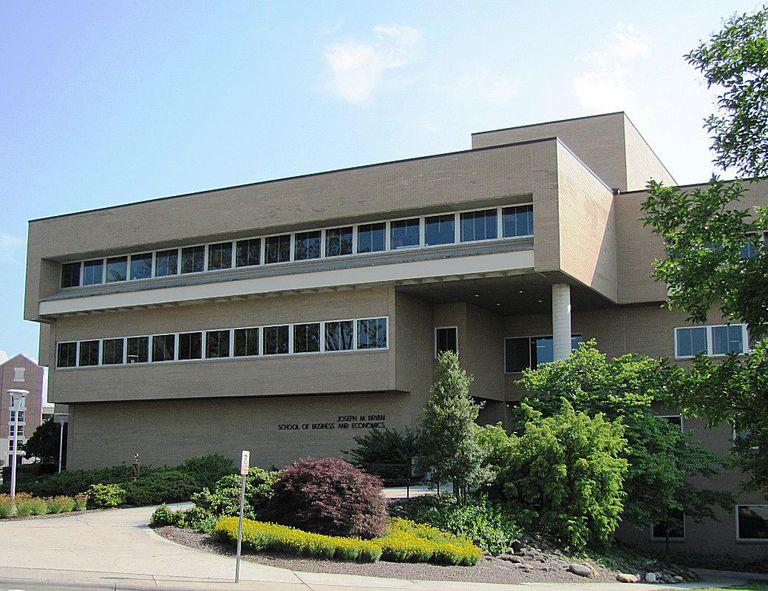 Bryan School of Business at UNCG