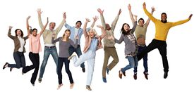 Grupo de personas de diversas razas saltando de alegría.
