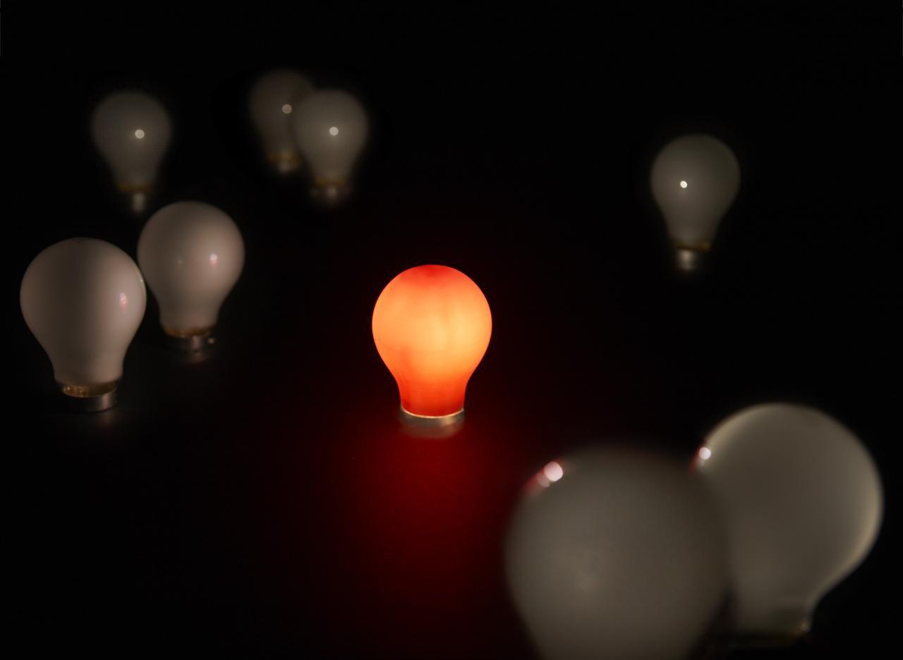 Lampadina A Incandescenza Storia la storia elettrizzante della lampadina