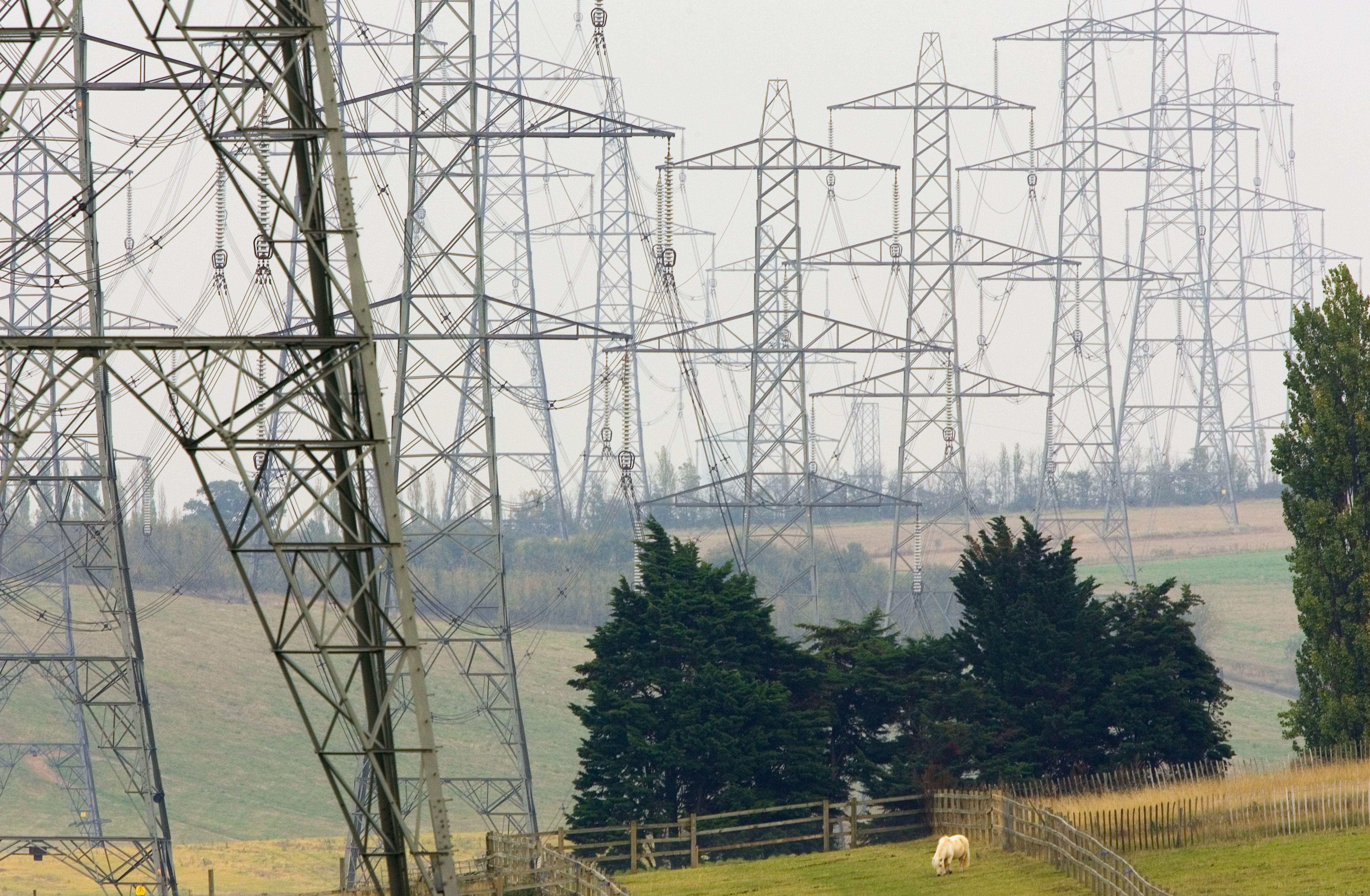 Pylons, Αγγλία, Ηνωμένο Βασίλειο