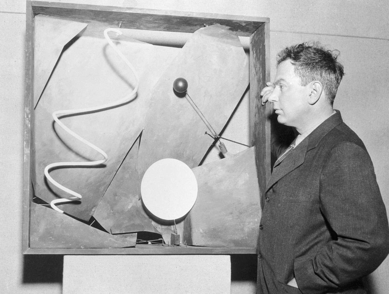 Alexander Calder showing his work
