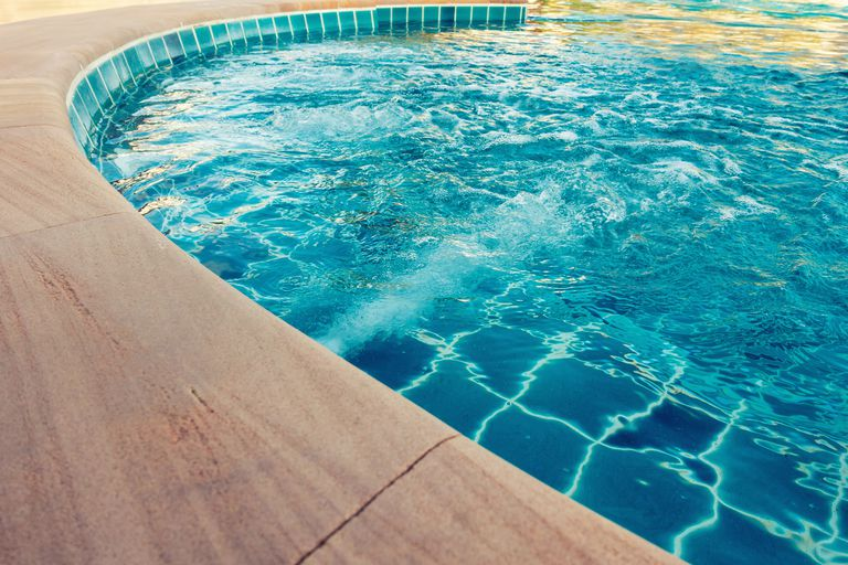 Pick the right size swimming pool pump - How to calculate swimming pool volume ...