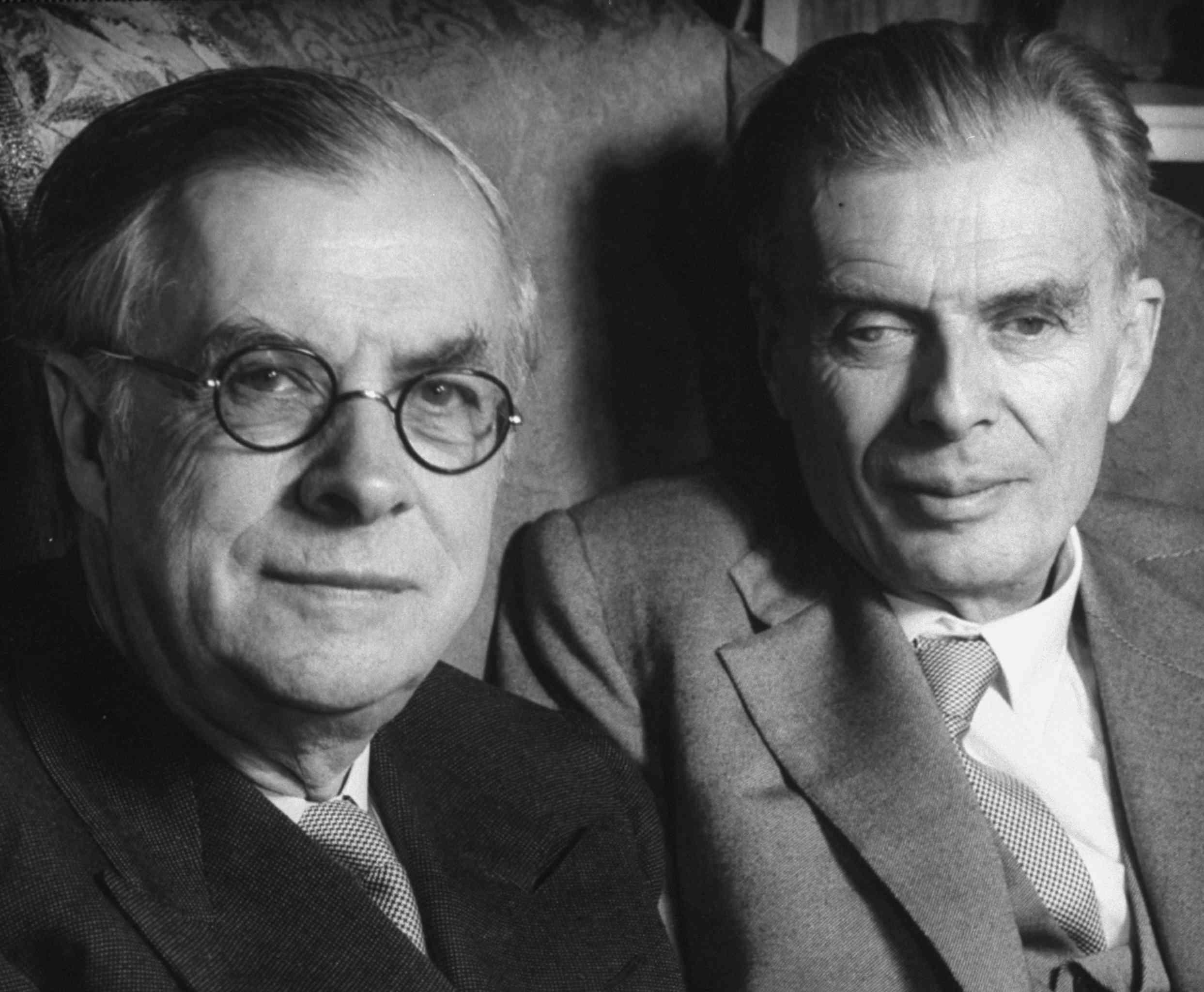 Julian S. Huxley;Aldous Huxley