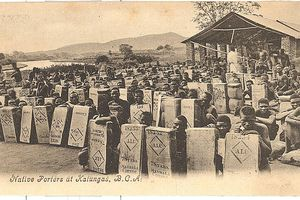 Native_Porters_at_Katungas,_B.C.A in World War I